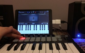 Connecting a Midi Keyboard to iPad Air